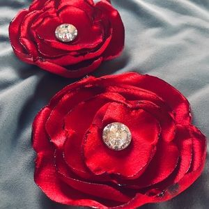 Handmade Silk Flower Lapel Pin & Hair Accessory 🌹